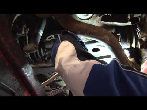 BMW 3 Series E46 Replacing rear sway bar end links - DIY