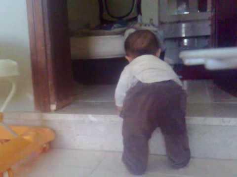 geokasket baby early walking and talking