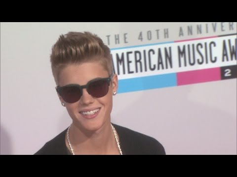 Justin Bieber Launches New 'Justmoji' App -- See His Funny 'No Photos' Emoji!