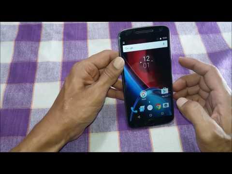 How to take screenshot on Moto G4 Plus