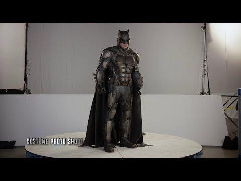 Batman Suit 'Justice League' Behind The Scenes [+Subtitles]