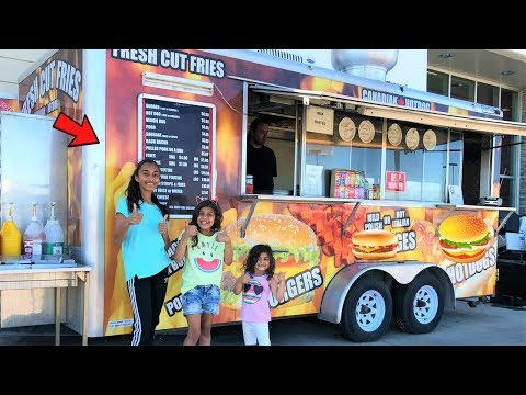 Kids Buy food from the BBQ Truck in real life Pretend Play