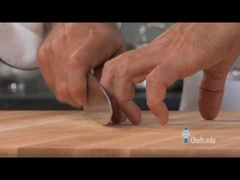 How to Hold a Knife - Properly Using a Chef's Knife