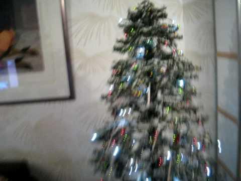 snowing christmastree