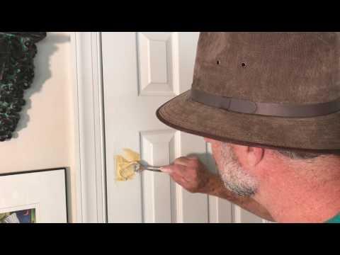 Easy hole repair. How to fix a broken door- water putty repair