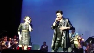 Kumar Sanu and daughter Shannon K. performing together in Washington, DC
