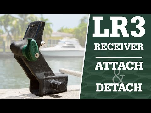Land Rover Detachable Hitch Receiver Explained / How to Attach & Detach
