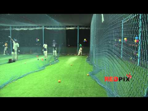 Chennai's First Indoor Cricket pitch- [Red Pix]