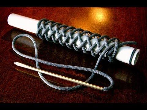 A Long 4 Bight Paracord Turk's Head Knot  (21 lead 4 bight)