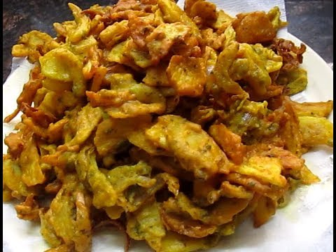 AALOO PYAZZ PAKORE (POTATO ONION FRITTERS)