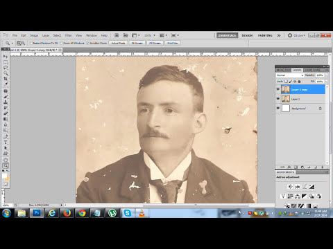 How To Fix / repair An Old Or Damaged Photo in photoshop