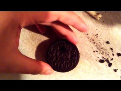 Make A Pipe Out Of An Oreo