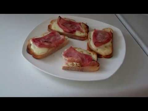 Ham and Cheese Breakfast Slices