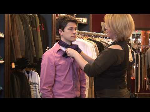 Men's Fashion Tips : How to Tie a Cravat
