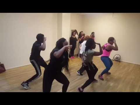 ILLY's Dance Clash:
