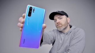 Huawei P30 Pro Unboxing - Is The Galaxy S10 In Trouble?