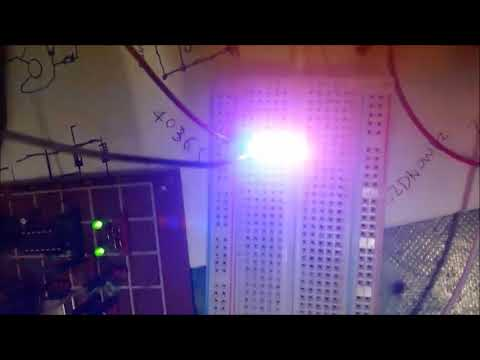 How to make Dual IC 556 timer blinking LED flash