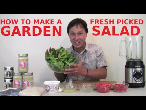 How to Make a Fresh Picked Garden Salad that Everyone Will Enjoy
