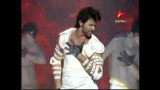 "Hrithik Roshan ""Just Dance"""