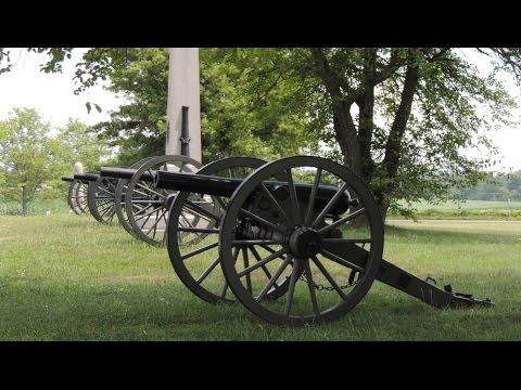 Gettysburg Battlefield Cyclorama, Battlefield Tour, and Sunset at Little Round Top