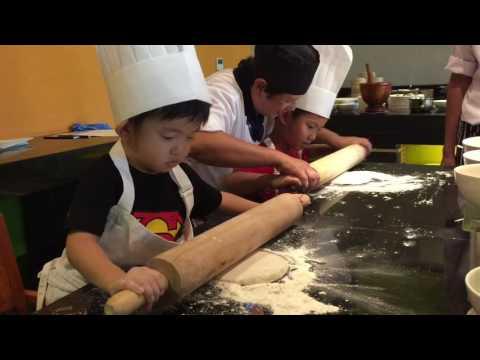 Kids Pizza Class @ Holiday Inn Resort Mai Khao Beach Phuket