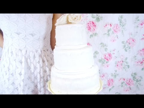 HOW TO CUT, FILL, AND ICE A WEDDING CAKE