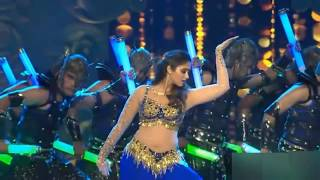 ileana d'cruz |Raske Qamar Song live dance performance, ileana d'cruz latest dance, Bollywood song