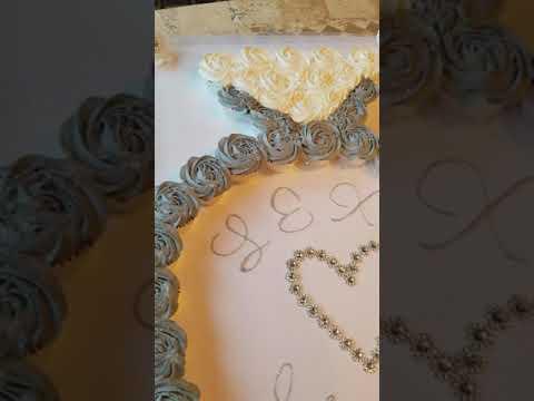 Lexi❤Jason Engagement Ring Cupcake cake 1