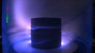 Download Plasma in Magnetic Field Video