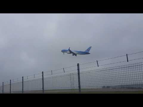 Bristol Airport plane spotting ft TUI 787