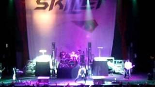 Skillet---Monster (Live)