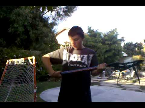 How to hold a lacrosse stick