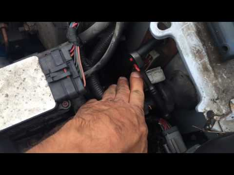 How to remove a computer ECU/ECM on a Lincoln town car