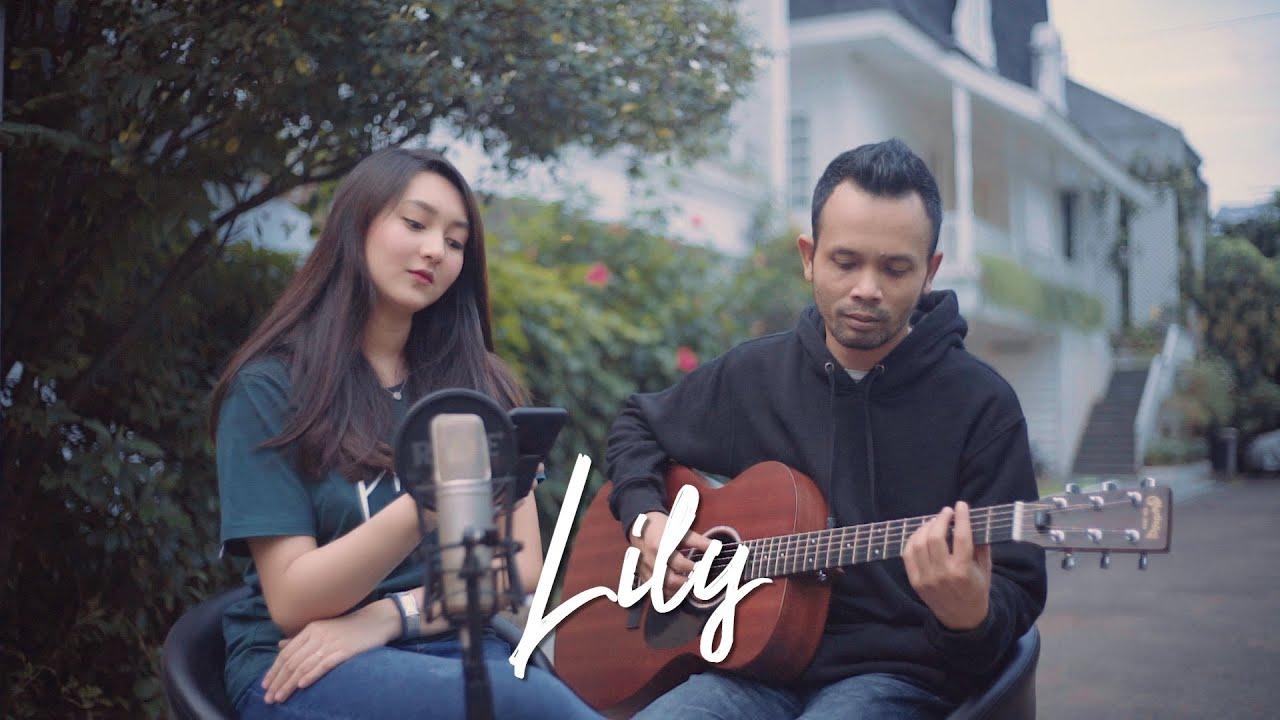 Lily - Alan Walker, K-391 & Emelie Hollow ( Ipank Yuniar ft. Anna Ladaina Cover )