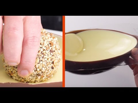 Drop the ball into the chocolate. The result is insane!