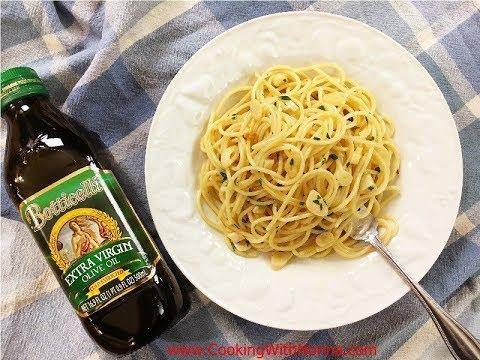 Spaghetti Garlic and Oil - Rossella's Cooking with Nonna