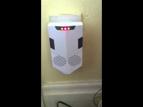 Ultrasonic pest and mouse repeller