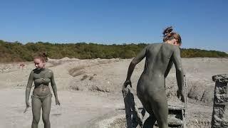 Mud Volcano Shugo. Crazy swimming / Вулкан Шуго. Сумасшедшее купание