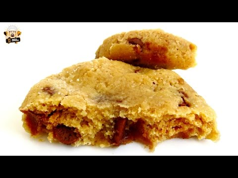 HOW TO MAKE MICROWAVE CHOCOLATE CHIP COOKIES