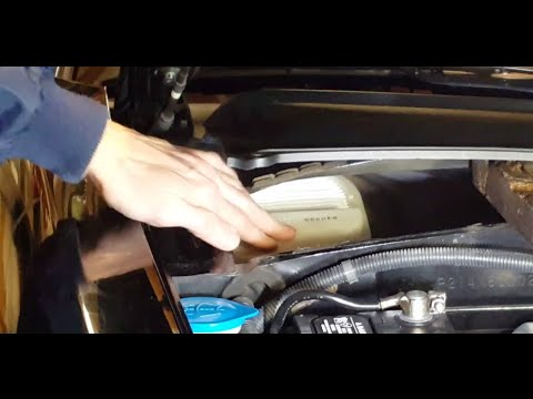 How to Replace a Cabin Air Filter - Honda S2000
