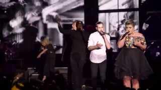 Kelly Clarkson Piece By Piece Tour with Pentatonix