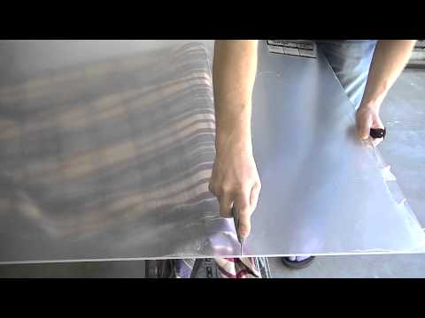 how to cut plexiglass