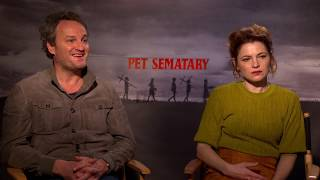 Download [Interview] Pet Sematary's Jason Clarke and Amy Seimetz On the New Creed Family HD Video