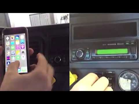 Freightliner Cascadia - pairing your Bluetooth device