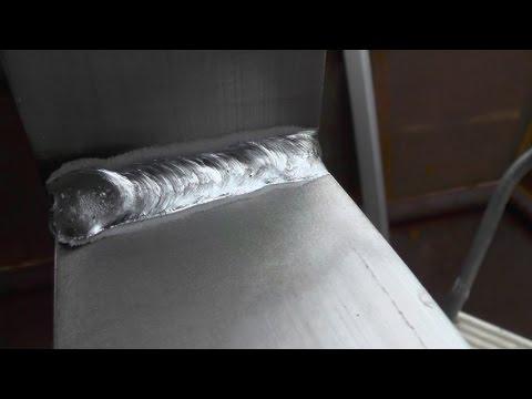 Pilothouse - Part 3 - Welding Aluminum is Easy