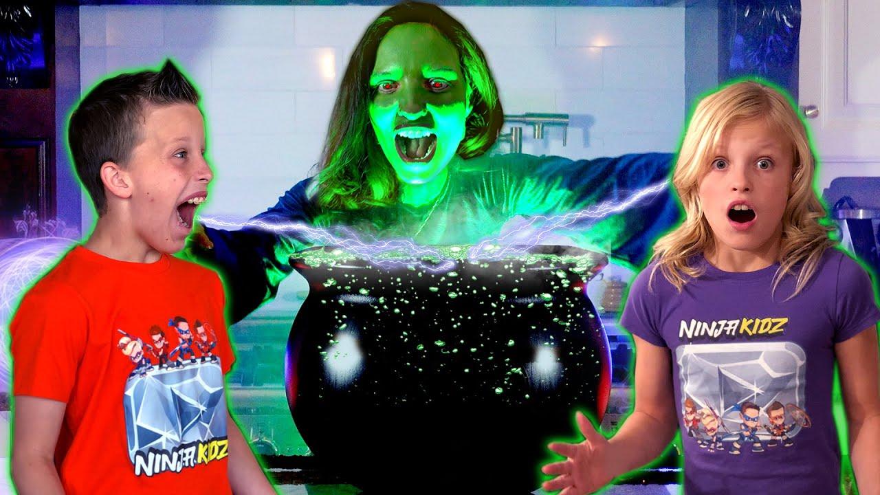 Escape the Witch Babysitter VS Prankbro!