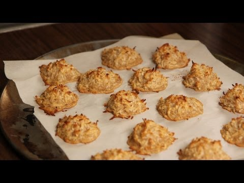 Blissful Coconut Macaroons Recipe - Vegan - Dessert A Day Project #2