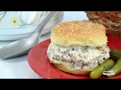 Bacon Ranch Chicken Sandwich - Crock Pot Chicken Recipe | RadaCutlery.com