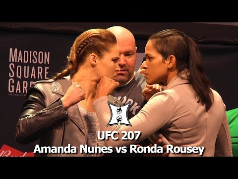 Ufc 207 S Ronda Rousey Amanda Nunes Share Intense Staredown At Ufc 20