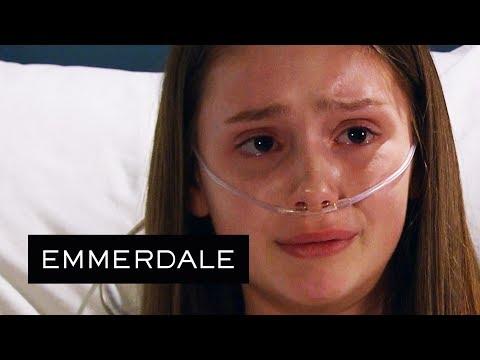 Emmerdale - Sarah Breaks Down as Debbie Tells Her She Needs a New Heart